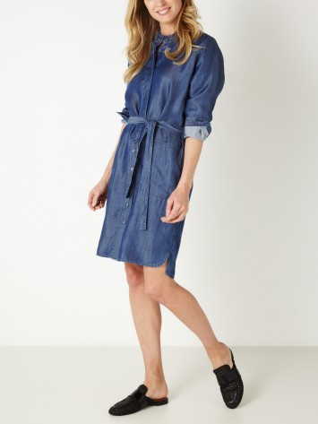 Lockeres Kleid mit Volantkragen - Blue Denim /